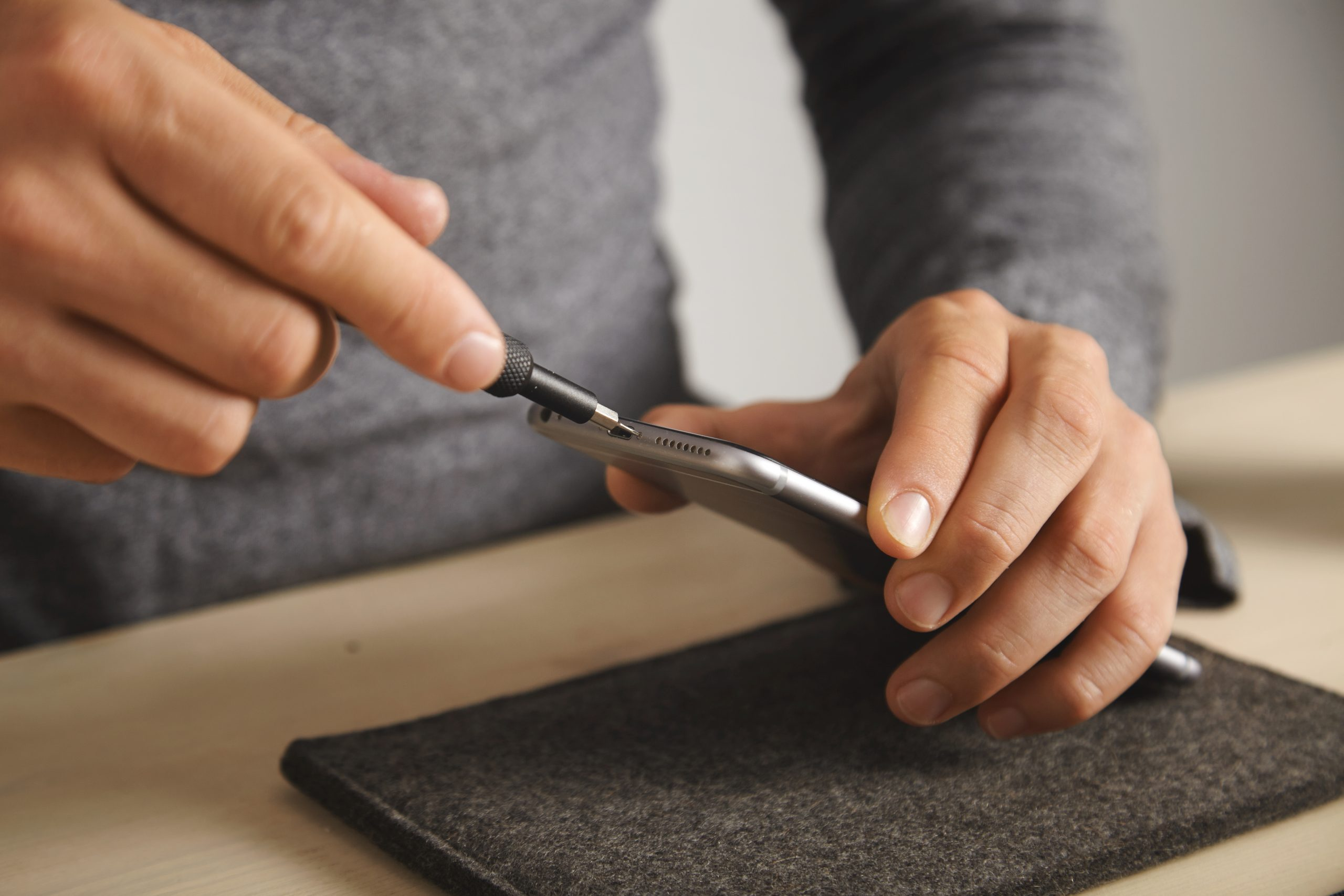 Comment payer moins cher la réparation de son téléphone ?